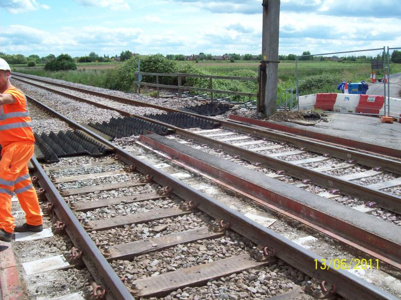Level crossing Strails and gates removed